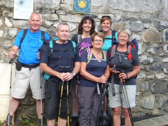 Après leurs passage au gîte les bouleaux nains voici les breton à Compostelle