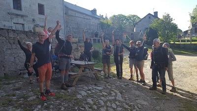 une belle équipe de pèlerin sur st jacques de Compostelle a lajo près du sauvages au gite les bouleaux nains